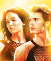 Katniss and Finnick - the-hunger-games photo