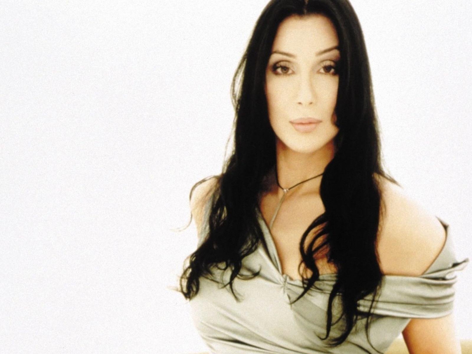 Legendary Entertainer, Cher