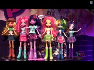MOVIE ACCURATE EQUESTRIA GIRLS NY TOY FAIR 2014