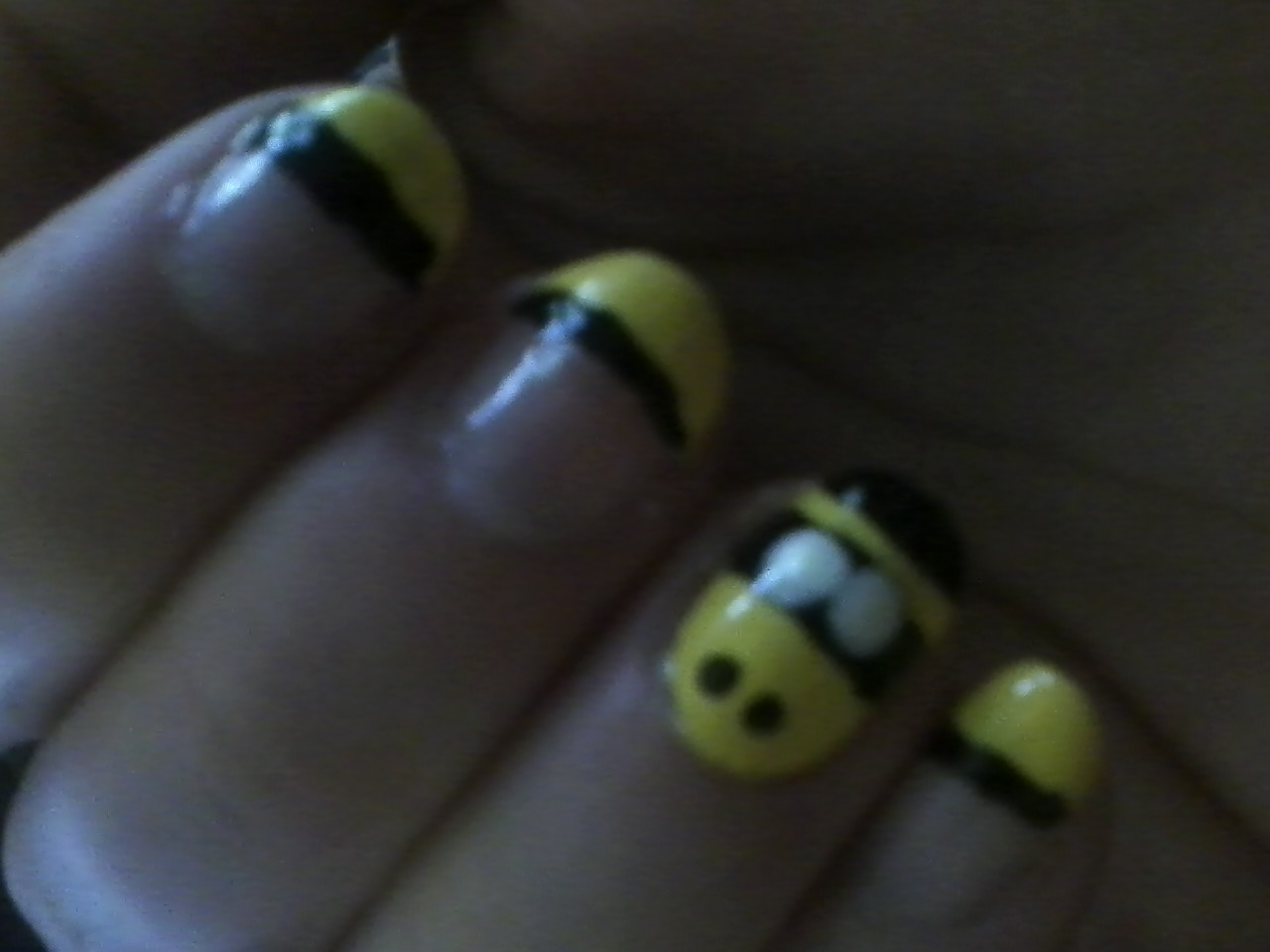 Nail Art Images My Bumblebee Nails Hd Wallpaper And Background