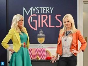 Mystery Girls - Cast Promotional Fotos