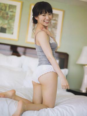 Oshima Yuko, FRIDAY 2014.04.11