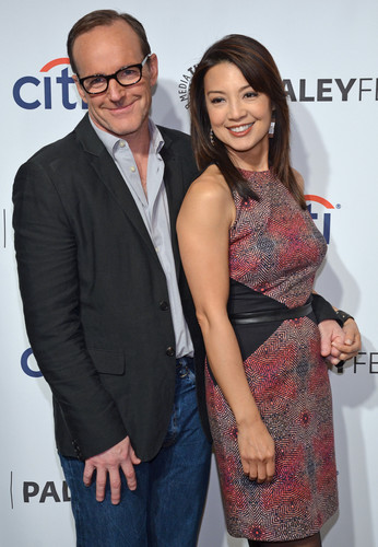 Phil Coulson & Melinda May wallpaper probably with a business suit entitled Philinda PaleyFest