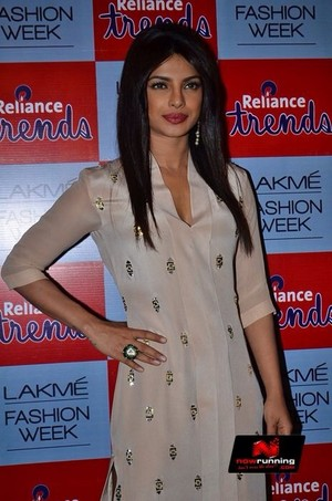 Neta Lulla Lakme Fashion Week 2014