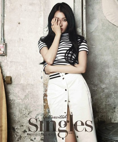 Sunmi Обои possibly with a коктейль dress and a hip boot titled Sunmi 'Singles' Magazine April Issue