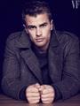 Theo james - hottest-actors photo