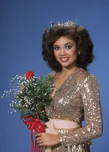 Vanessa Williams achtergrond possibly with a hauberk entitled Miss America 1983