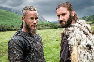 Vikings Season 2 - Ragnar and Rollo