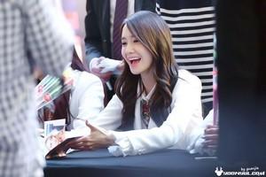Yoona the fleur