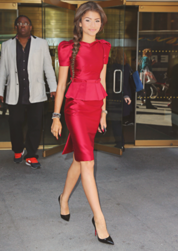 Zendaya Coleman wallpaper with a well dressed person called Zendaya Coleman