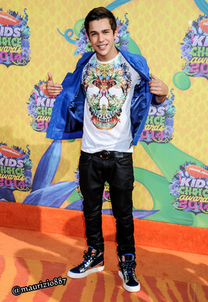 austin mahone Kids' Choice Awards 2014