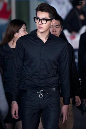 [HQ] 140424 Kris (2) @ Incheon Airport