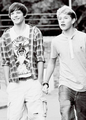 Nouis - louis-tomlinson photo