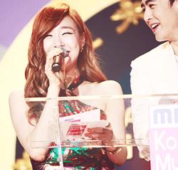 Tiffany with Nichkhun ♥ - Tiffany Hwang Photo (36912831 ...