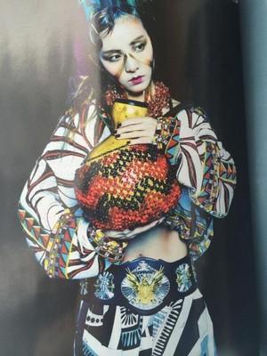 2NE1 'Vogue Korea' 2014 May Issue