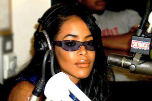 aaliyah in Paris