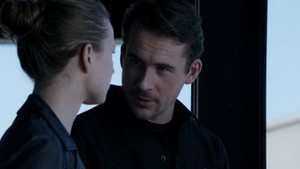Aiden and Emily// 3x15 Struggle
