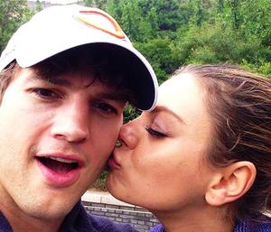 Ashton & Mila Kiss