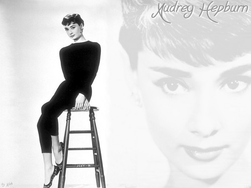 Audrey Hepburn wallpaper entitled Audrey Hepburn