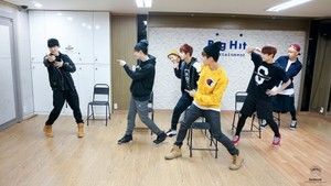 Bangtan Boys pictures from their practice session