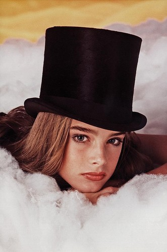 Brooke Shields wallpaper with a snap brim hat, a fedora, and a campaign hat called Brooke Hat