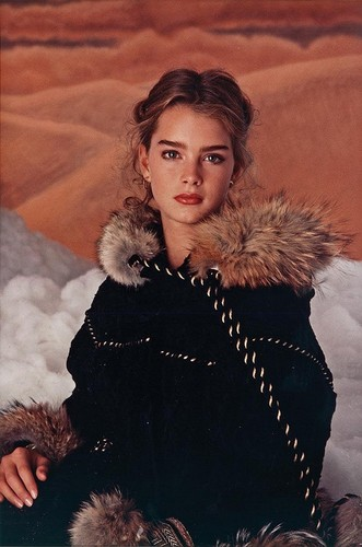 Brooke Shields wallpaper containing a fur coat entitled Brooke Shields Modeling Coat