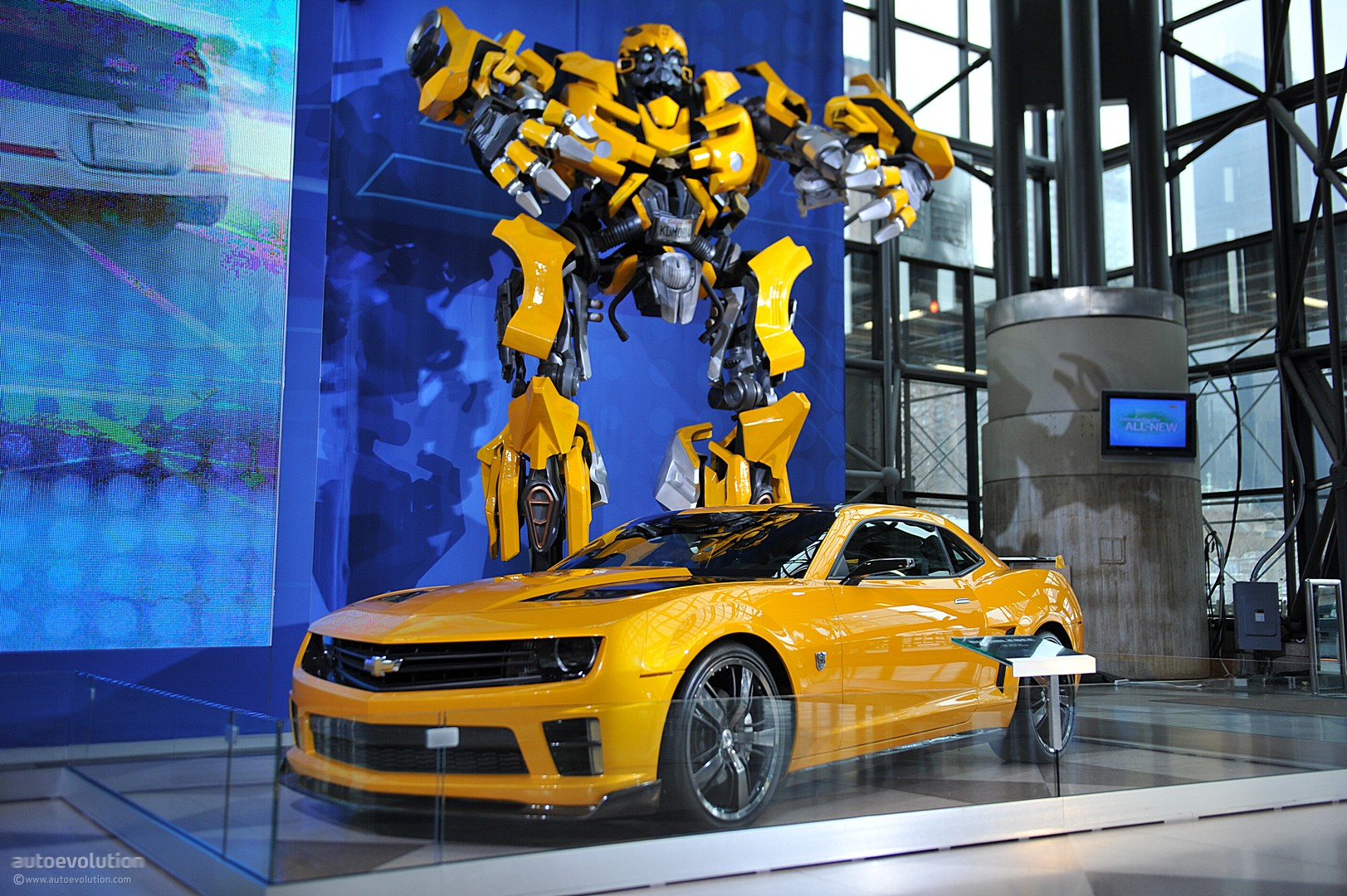 Bumblebee the transformers photo 36912291 fanpop - Transformers bumblebee car wallpaper ...