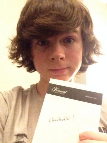 Chandler Riggs Hintergrund titled Chandler is now on Ask.fm @ChairHandler1