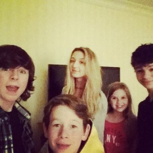 Chandler with Hana, Kyla ( from the walking dead), his brother and a friend