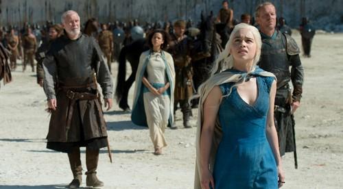 Daenerys Targaryen Hintergrund entitled Daenerys Targaryen Season 4