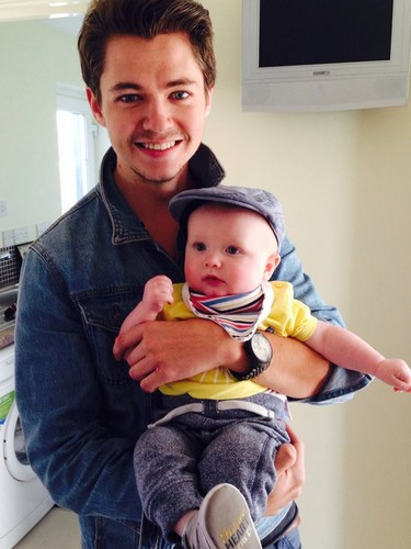 Damian McGinty wallpaper entitled Day out with Uncle Damian :)