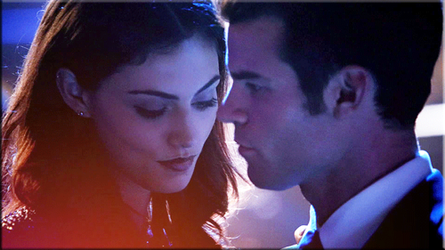 Elijah & Hayley پیپر وال titled Elijah Mikaelson and Hayley Marshall