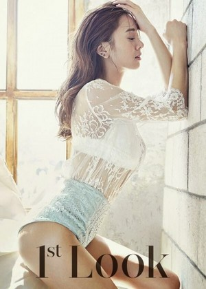 G.NA for '1st Look'