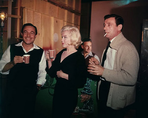 Gene Kelly, Marilyn Monroe & Yves Montand