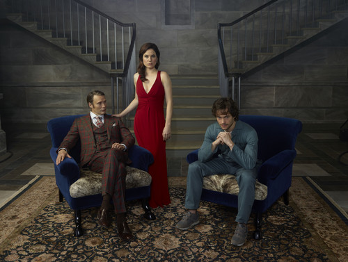 hannibal serie de televisión fondo de pantalla containing a park bench, a business suit, and a well dressed person titled Hannibal Lecter, Alana Bloom and Will Graham