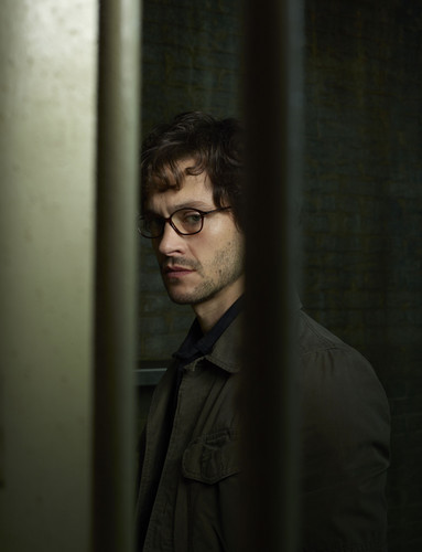 Hannibal TV Series wallpaper containing a holding cell titled Hugh Dancy as Special Agent Will Graham