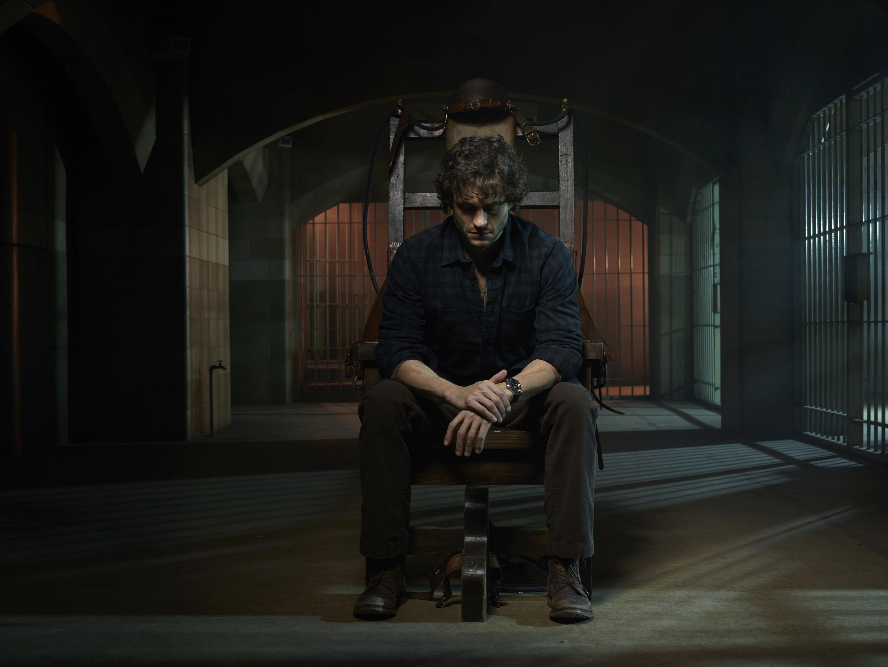 Hugh Dancy as Special Agent Will Graham