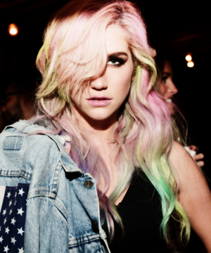 It's Party Time (More Kesha Pics)