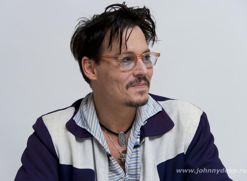 Johnny (Transcendence photocall Mar 2014) - Johnny Depp ...