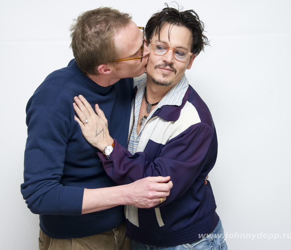 Johnny and Paul Bettany (Transcendence photocall Mar 2014)
