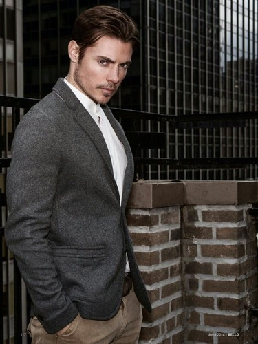 Josh Henderson wallpaper with a business suit entitled Josh Henderson ✨