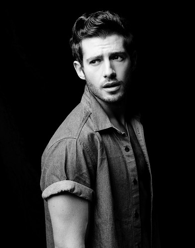 C'era una volta wallpaper possibly containing an outerwear, a box coat, and a well dressed person titled Julian Morris