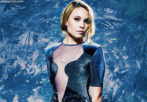 Leah Pipes - Glamoholic Magazine {December 2013}