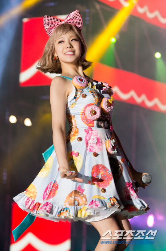 Lizzy - WAPOP Concert - Orange Caramel Photo (36919504 ...