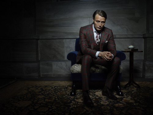 한니발 TV 시리즈 바탕화면 with a business suit, a well dressed person, and a suit titled Mads Mikkelsen as Dr. Hannibal Lecter
