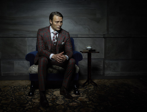 hannibal serie de televisión fondo de pantalla containing a business suit, a well dressed person, and a suit called Mads Mikkelsen as Dr. Hannibal Lecter