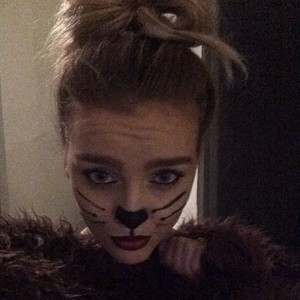 New picture of Perrie ❤