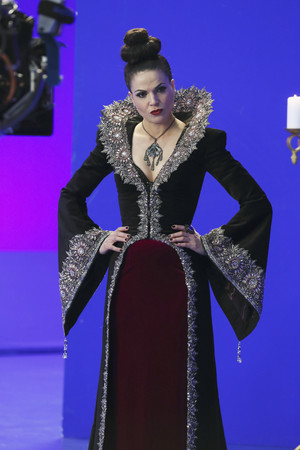Once Upon A Time - Episode 3.19 - A Curious Thing