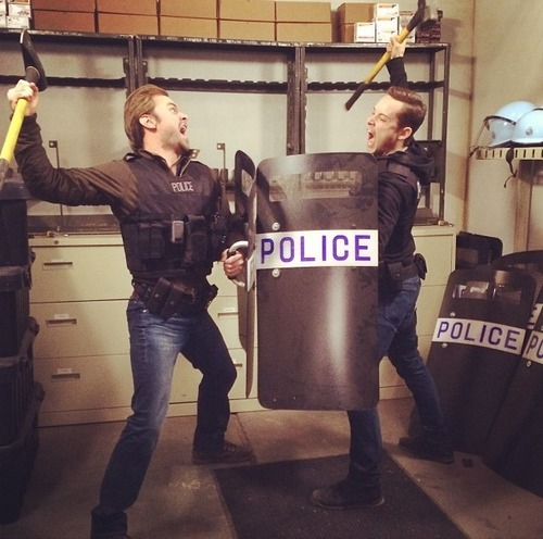 Chicago PD (TV Series) wallpaper entitled Patrick Flueger and Jesse Lee Soffer