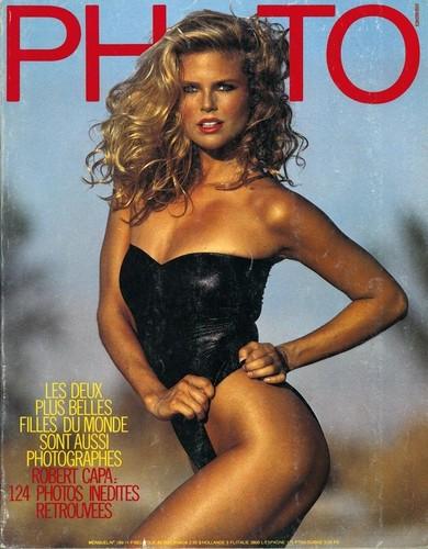 クリスティ・ブリンクリー 壁紙 possibly containing a maillot, a bustier, and a 水着 called 写真 magazine, June 1983